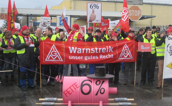 IGM Warnstreik bei ZF in Brandenburg